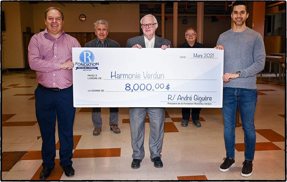 Don de 8 000 $ à l'Harmonie Verdun